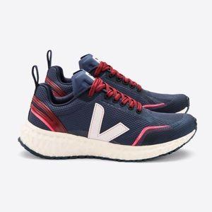 Veja Condor Mesh Nautico Petale Running Shoe